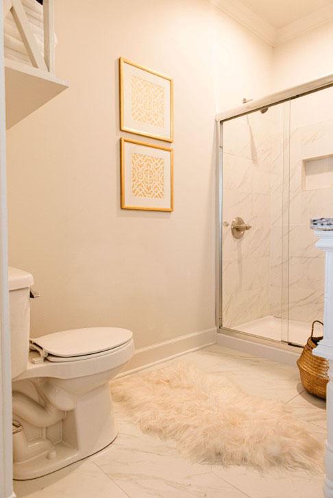6 New Hotel Guestroom Bathroom