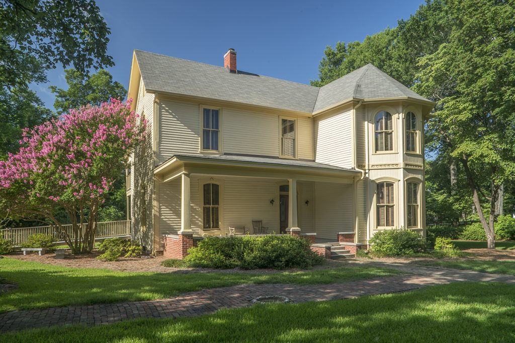 Walton Young House