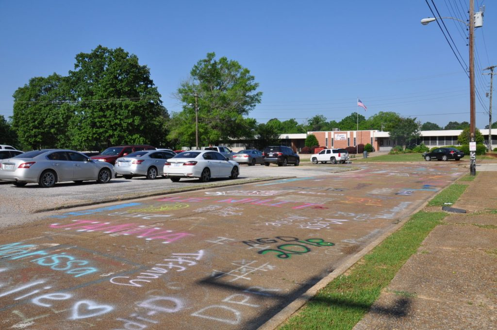 Eupora High School Senior Road Painting